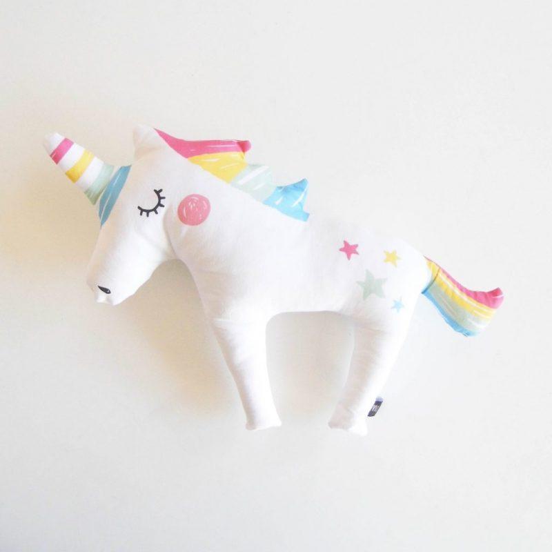Rainbow-unicorn-1024x1024