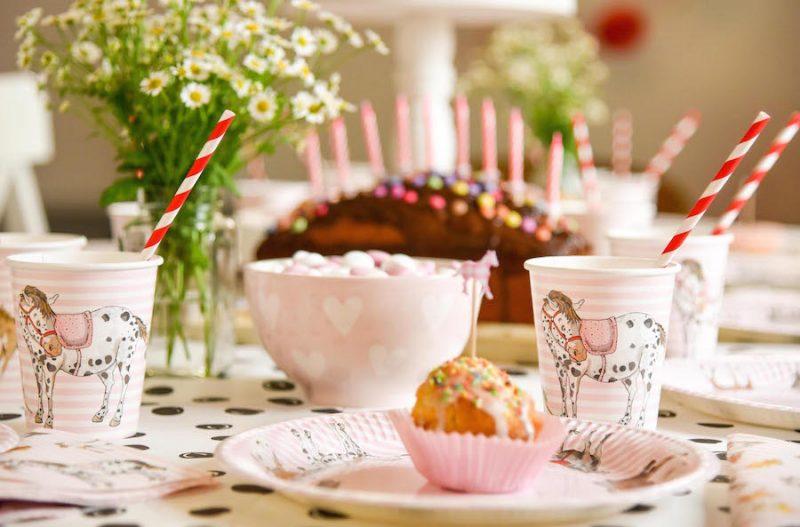Pferde Party Geburtstag, Ponyparty, Pferde Kindergeburtstag Ideen, www.spielpferd.de