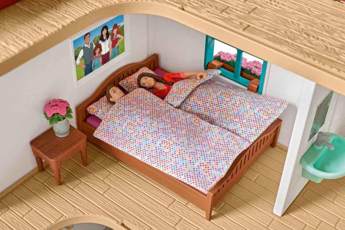 Schleich Pferdehof mit Wohnhaus Schlafzimmer inklusive Zubehör