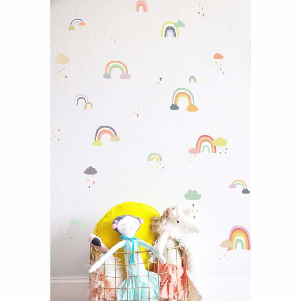 Wandtattoo für das Kinderzimmer: Regenbogen und Wolken